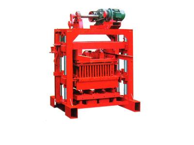YTQ10-15型砌块免烧砖机